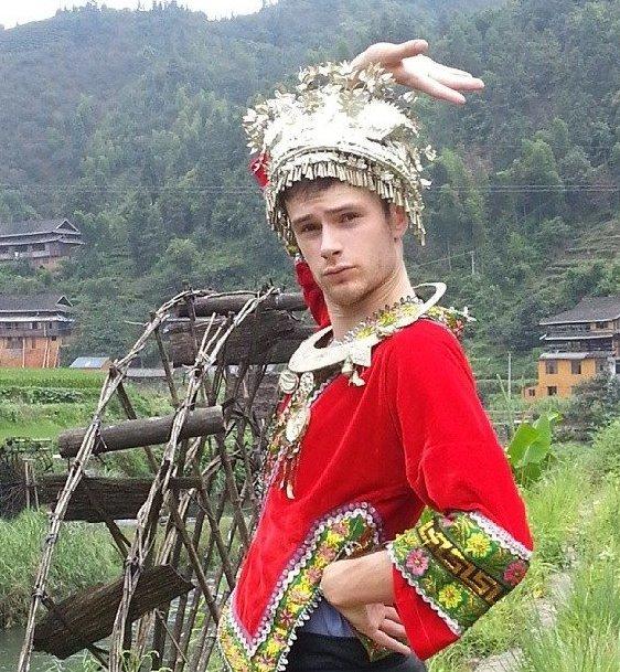 Benjamin McMahon se díky znalosti mandarínské čínštiny dostal práci v televizi Foto: facebook Benjamin McMahon