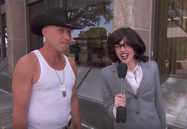 """Tenhle kovboj Miley moc v lásce neměl a """"reportérce Janet"""" se s tím svěřil.... Foto:"""