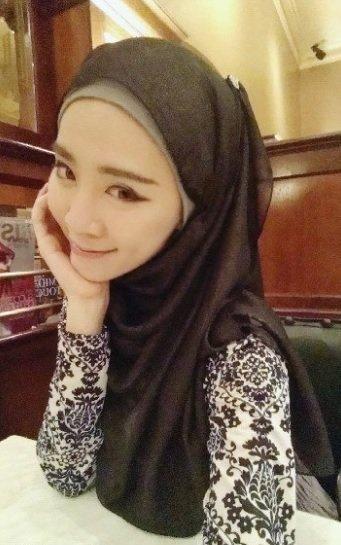 Její novou vírou je islám. Foto: instagram