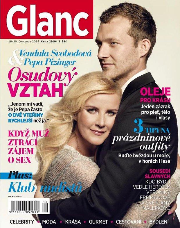 Vendula s přítelem na titulce aktuálního vydání magazínu Glanc Foto: archiv astrosat