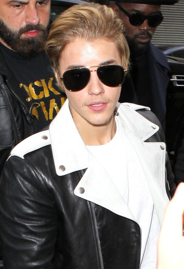 Justin Bieber na fashion show Kanye Westa Foto: