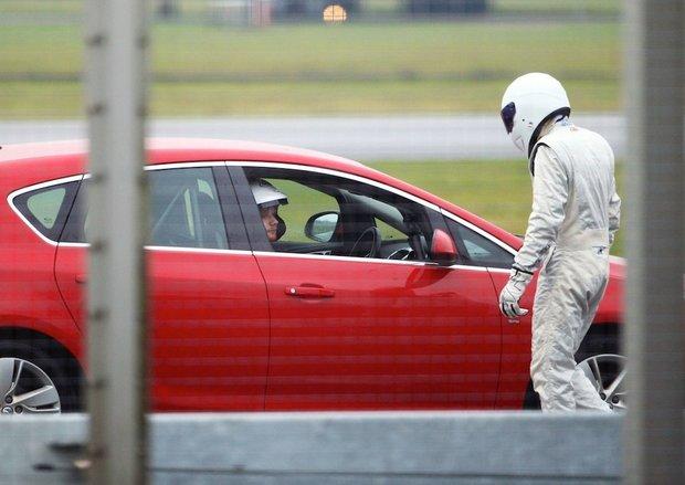 Ed Sheeran seděl za volantem vůbec poprvé! Foto: