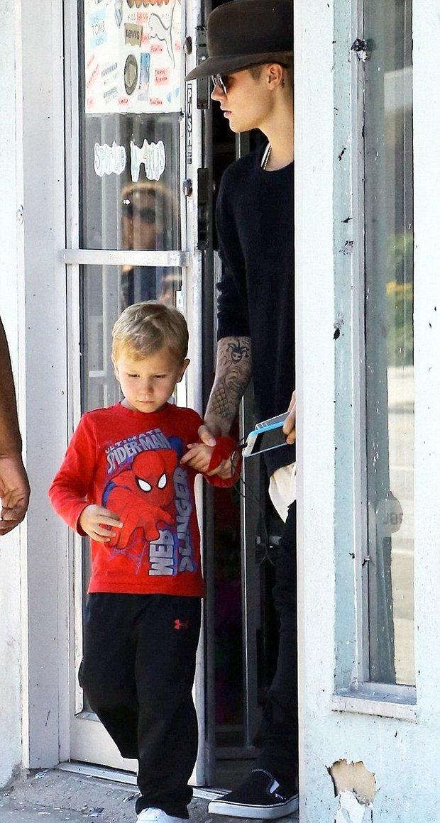 Justin Bieber se svým mladším bratrem - Obrázek 5 Foto: